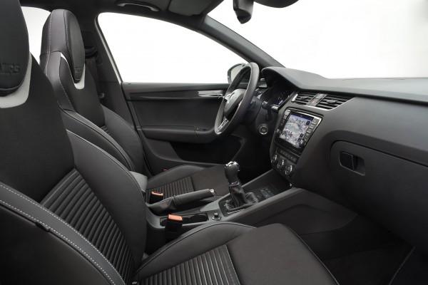 2013 SKODA Octavia RS - Interior 001
