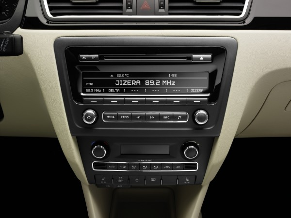 SKODA Rapid 2014 - Radio SWING