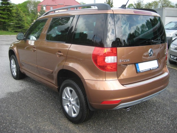 Skoda Yeti Facelift Terracotta Orange 2014  Heck