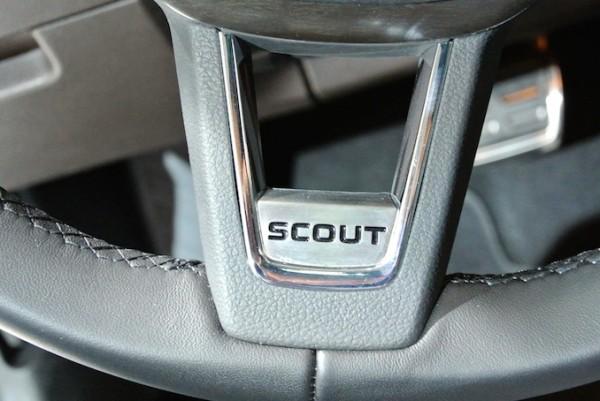 Skoda Octavia Scout Lenkrad Emblem